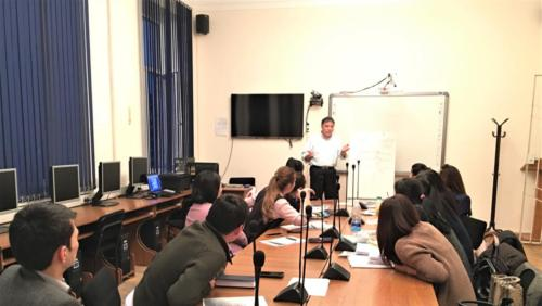 lecture-at-kyrgyz-national-university 33749154985 o